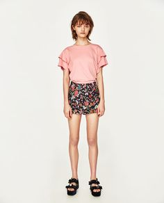 ZARA - TRF - FRILLED SLEEVE T-SHIRT
