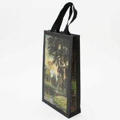 絵画のようなデザインが特徴的な紙袋shopper shop bag paperbag design package  紙袋 紙袋デザイン グラフィックデザイン デザイン ショッパー ショップバッグ パッケージ おしゃれ