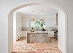 Wandfarbe Terracotta Fliesen Küche Weiss Messing Details Praktisch,  Bodenbelag, Fliesen, Neue Häuser,