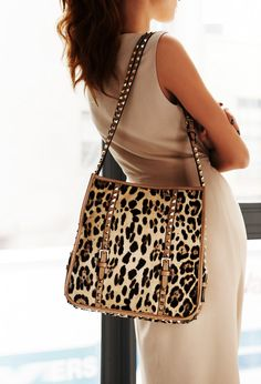 fff0152f0e I like this purse for it s style and color but not for