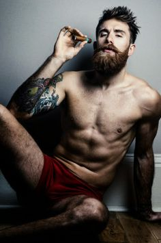 hairy nice men R Scruffy Men, Hairy Men, Bearded Men, Sexy Beard, Beard Love, Great Beards, Awesome Beards, Man Smoking, Hipster Man