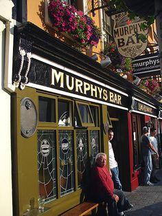 Pub Night in Dublin, Ireland Ireland Pubs, Ireland Travel, Dublin Nightlife, Irish Eyes Are Smiling, Bars And Clubs, Irish Roots, England And Scotland, Emerald Isle, British Isles
