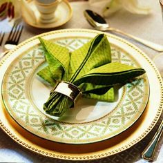 How to Properly Fold a Napkin | Best Party & Event Rental