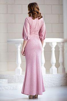Вечернее розовое платье из фактурного джерси в интернет-магазине женской одежды LUCIA-SHOP.Ru. Фотография 2