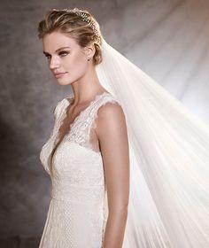 ODILIA - Vestido de novia estilo evasé ibicenco | Pronovias
