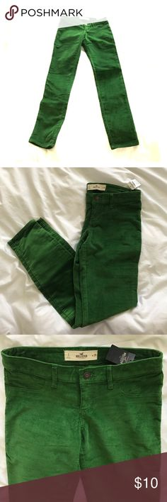 Hollister green corduroy jeggings *REPOSH* Vibrant green soft corduroy jeggings, faux front pockets, real back pockets. Too small for me :( Hollister Pants Skinny