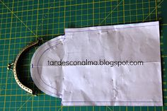 Bra Hacks, Tote Purse, Purses And Bags, Handbags, Sewing, Bra Tips, Quilt Art, Couture, Molde