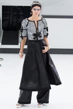 Chanel RTW SS 2016 #chanelairlines Visit espritdegabrielle.com | L'héritage de Coco Chanel