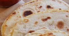 ...félbehajtva összesütve.   Kinézetre olyan, mint a Quesadilla (laposkenyér félbehajtva, összesütve),  nevezni mégsem tanácsos annak,... Ethnic Recipes, Food, Meal, Essen, Hoods, Meals, Eten