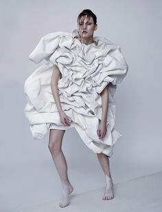 Fashion as Art - white dress with 3D shape & texturing like crumpled paper; sculptural fashion // Lee Hurst