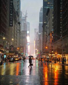 NYC New York City Travel Honeymoon Backpack Backpacking Vacation Rain Photography, Street Photography, Landscape Photography, Cityscape Photography, Photography Aesthetic, Photography Lighting, Beauty Photography, City Landscape, Urban Landscape