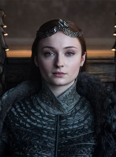 """Sophie Turner, who plays Sansa Stark on """"Game of Thrones,"""" says she's not """"bummed"""" at all that she doesn't get the Iron Throne. Arte Game Of Thrones, Game Of Thrones Sansa, Game Of Thrones Costumes, Sansa Stark Costume, Sofie Turner, Epic Characters, Game Of Thrones Characters, Movies And Series, Iron Throne"""