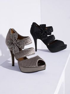Poetic License Bling Bow Pump (*Pewter and *Black)