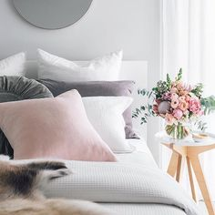 @oh.eight.oh.nine has an amazing sense of style @onyxandsmoke 100% Linen Cushion in colour Rose Quartz. Made in Perth WA from quality Warwick Fabric. Onyxandsmoke.bigcartel.com Photography styling home of @oh.eight.oh.nine
