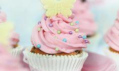 Erdbeer-Schmetterlings-Cupcakes Rezept | Dr. Oetker