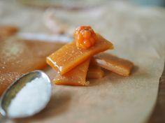 Multekarameller (Cloudberry Caramels with Sea Salt) - North Wild Kitchen Norwegian Food, Norwegian Recipes, Homemade Candies, Slow Food, Special Recipes, Caramels, Berries, Dessert Recipes, Desserts