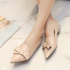 Fashion Women Bowknot Beaded Shallow Pointed Toe Flat Heel Casual Shoes