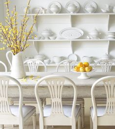 Dining Room Decoration That Will Make Your Dining Room Party T/Best Swedish Interiors, White Interiors, Vintage Interiors, Beautiful Interiors, Interior And Exterior, Interior Design, Interior Garden, French Country Cottage, Cottage Style