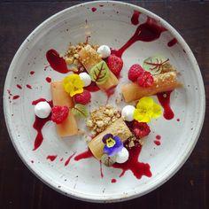 Rhubarb • Vanilla • Raspberry • White Chocolate • Edible Flowers  Gorgeous Plate By @vastergarden