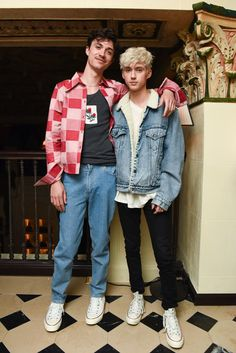 Sally Singer and Lisa Love Bring *Vogue*'s Denim Dinner to Downtown Los Angeles Jacob Bixenman in a Hardeman shirt, Acne Studios top, and Eckhaus Latta jeans and Troye Sivan Troye Sivan, Percy Jackson, Celebs Without Makeup, Tyler Oakley, Boys Like, Downtown Los Angeles, Cute Gay, Queen, Pretty Boys