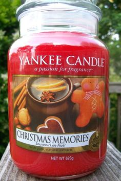 "Yankee Candle ""CHRISTMAS MEMORIES"" Festive Large 22 oz SIZE NEW! #YankeeCandle"