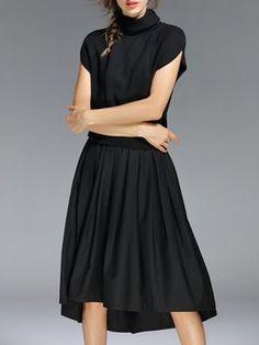 Black Short Sleeve Paneled Simple Turtleneck Midi Dress