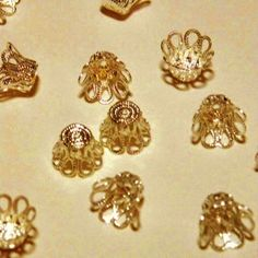 100pcs 6 x 6mm Small Gold Filigree Bead caps 6mm by FireSwanBeads, $2.50 http://www.FireSwanBeads.etsy.com