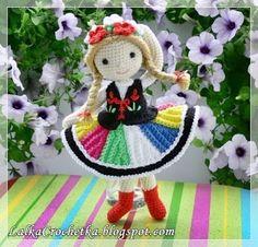 http://lalkacrochetka.blogspot.com/2016/07/anna-folk-doll-ania-owiczanka.html