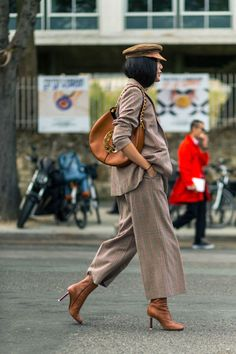 Fall Outfit Inspiration From Paris Fashion Week ////// PANTSUIT DARK SPARKLE SHOP INSPIRATION WHAT TO WEAR