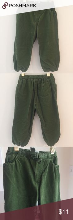 Oshkosh Corduroy Joggers Corduroy Joggers by Oshkosh Girl. Elastic waist and leg openings. Bow detail. 2 front pockets. Back pocket with button. 100% Cotton. Gently used and Excellent condition. Osh Kosh Bottoms Sweatpants & Joggers