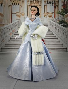 The stars of Monolithic Pictures walk the red carpet at this year's Academy Awards! Fur Fashion, Fashion Photo, Fashion Dolls, Glamour Dolls, Collector Dolls, Shades Of Blue, Barbie Dolls, Red Carpet, Awards