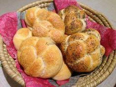 Vágott zsemle | mókuslekvár.hu Ale, Muffin, Bread, Breakfast, Morning Coffee, Ales, Muffins, Breads, Baking