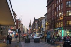 A Scottish New Year's tale: Glasgow and Edinburgh - Backpack Globetrotter Glasgow, Edinburgh, Scottish New Year, Greyfriars Bobby, Modern Buildings, Heritage Site, Old Town, Cemetery, United Kingdom
