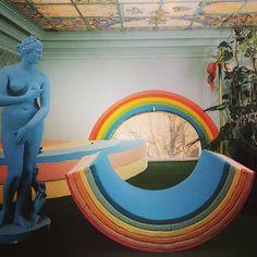 Rainbow biz..