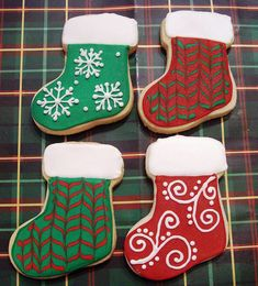 christmas cookies decorated Weihnachtspltzchen Christmas Stocking Cookie Assortment by Art of the Cookie Christmas Stocking Cookies, Christmas Sugar Cookies, Christmas Sweets, Holiday Cookies, Christmas Baking, Christmas Stockings, Fancy Cookies, Iced Cookies, Cute Cookies