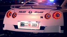 Luxurious Super Patrol Cars for a Luxurious City – Die Fahrzeuge der Polizei von Dubai [Video]… granad sein Block! #dubai #police #cars