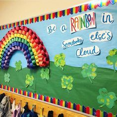 Patrick's day Classroom Door decoration ideas to keep the good luck flowing in – Hike n Dip Preschool Classroom Decor, Infant Classroom, Classroom Decor Themes, Classroom Walls, Classroom Bulletin Boards, Kindergarten Classroom, Ideas For Classroom Decoration, Primary Classroom Displays, Garden Theme Classroom