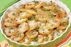 Cartofi gratinaţi cu verdeaţă