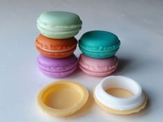 Cute, discreet lil macaron dessert container that opens up to store about .5 to 1 gram of weed inside! Perfect on the go stash jar for kawaii stoner babes! xo