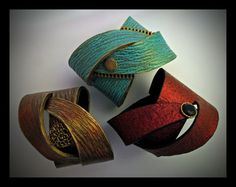 A new workshop announcement: I'm honored and very happy to be teaching an on-line class for Craftcast!  I'm very excited about this wrapped bracelet I designed specifically for this class.  Go to   www.helenbreil.com/classes.html to see the short video of the project examples and then visit Craftcast to register for this January 20, 2016 class.   (Perhaps add it to your Christmas wish list?)
