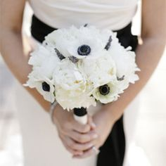 Style guide for a modern monochrome wedding, combining graphic elements to create an elegant contemporary scheme