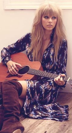 I think it is like the only pic she has looked good in! I love her hair and makeup here! Marie Claire, Boho Outfits, Jason Aldean, Boho Fashion, Fashion Music, Fashion Styles, Fashion Ideas, Fashion Shoot, Hair Inspiration