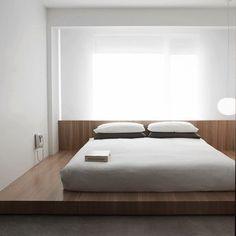 Interior Design Minimalist, Modern Minimalist Bedroom, Minimalist Furniture, Minimalist Home Decor, Modern Bedroom, Minimalist Kitchen, Minimalist Living, Minimalist Apartment, Bedroom Simple