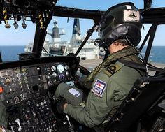 Royal Navy Seaking Pilot Approaches HMS Bulwark by Defence Images, via Flickr