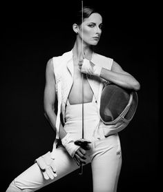 Scottish photographer Albert Watson has been a leading figure in fashion photography for close to four decades. Conceptual Photography, Fashion Photography, Beauty Photography, Olympic Fencing, Fencing Sport, Patti Hansen, Editorial, Richard Avedon, Costume