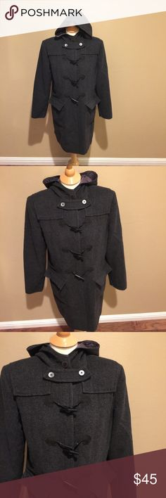 Preview Collection Wool Blend Toggle Overcoat M Preview Collection Wool Blend Toggle Overcoat. Buttons and toggles to close front. Two front pockets. Large hood. Gently used. Size M Preview Collection Jackets & Coats