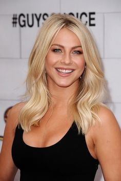 Think I'm going to cut my hair like this :)