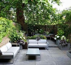 Back Gardens, Small Gardens, Courtyard Gardens, Garden Paving, Terrazas Chill Out, Simple Garden Designs, Most Beautiful Gardens, Shade Garden, Terrazzo