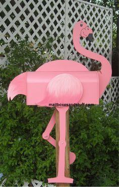 This is an amazing flamingo mailbox! #unusualmailbox