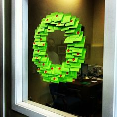 You don't have a wreath? Use Post-it notes. | 17 Incredibly Depressing Office Christmas Decorations